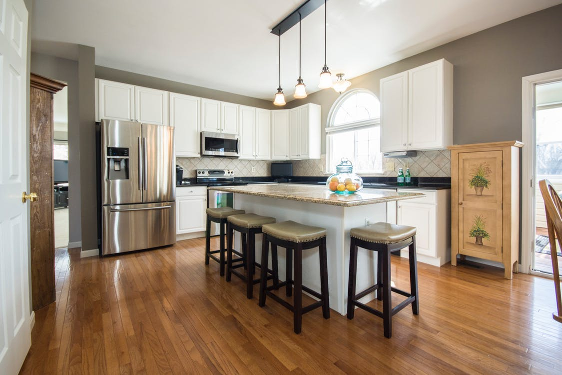 Best tips on how to clean the hardwood floors