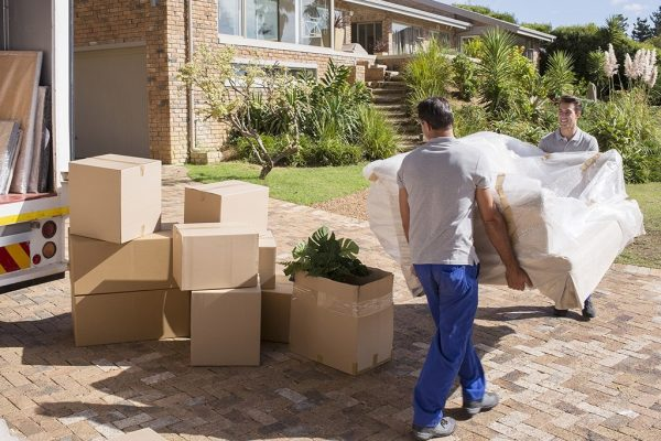 Who Are the Best Interstate Moving Companies on a Budget
