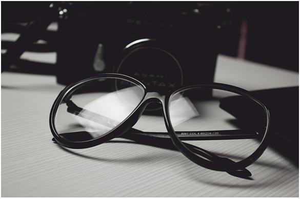 starting eyewear business