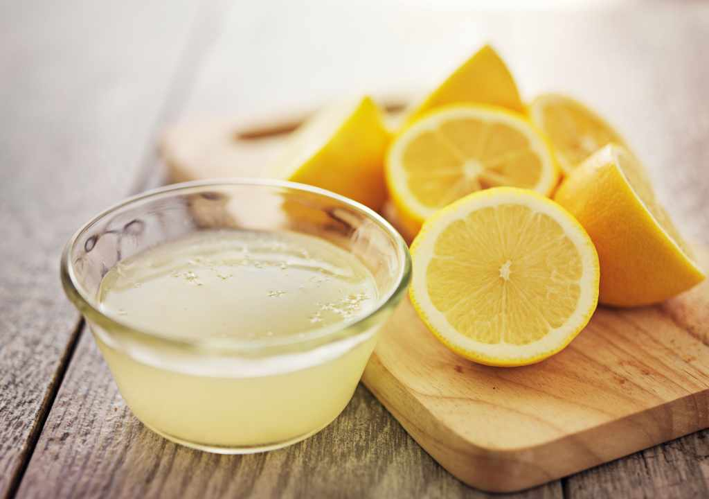 tips for glowing skin with lemon